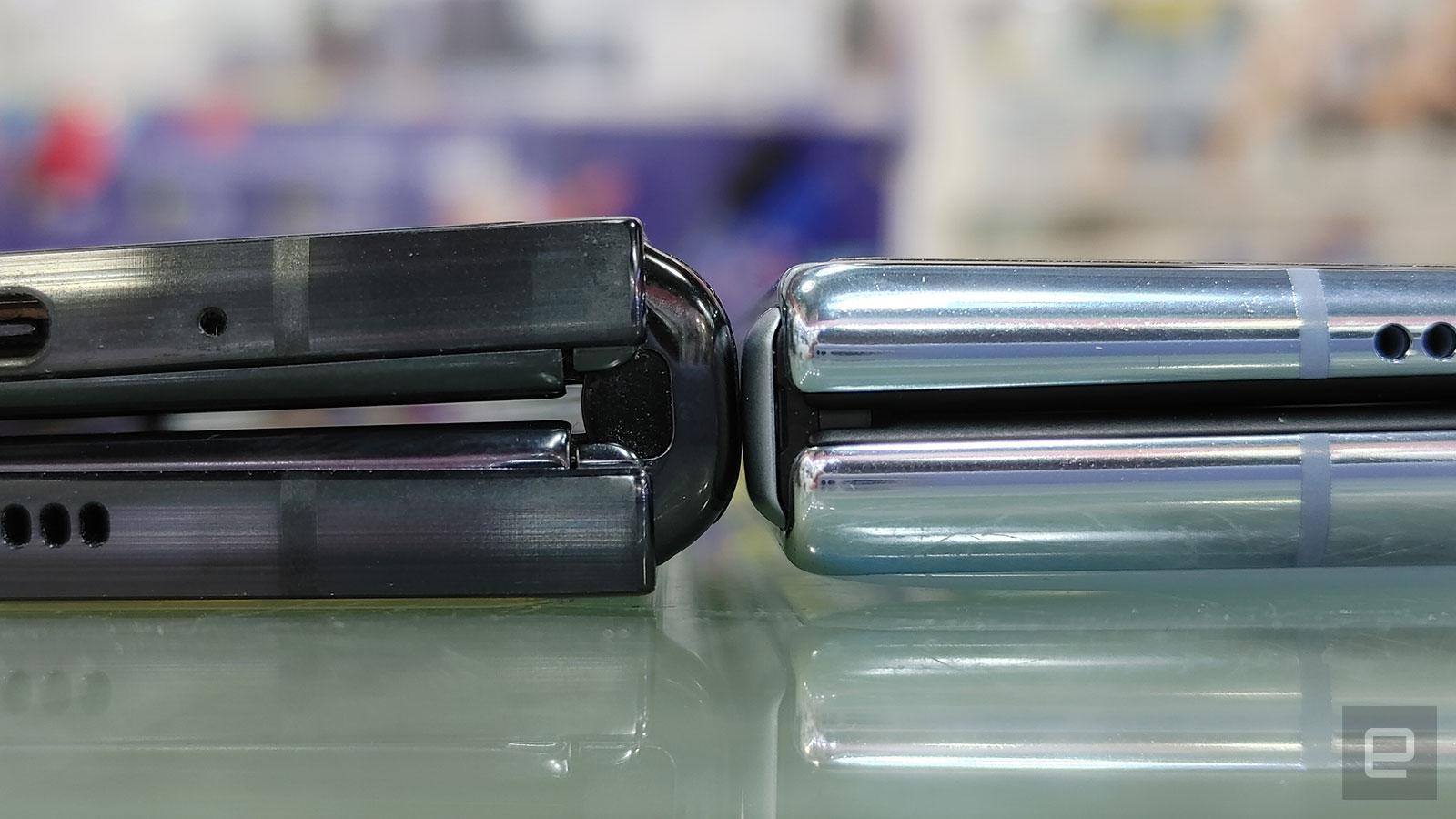 Mate X2 轉軸明顯比 Galaxy Z Fold 2 薄。