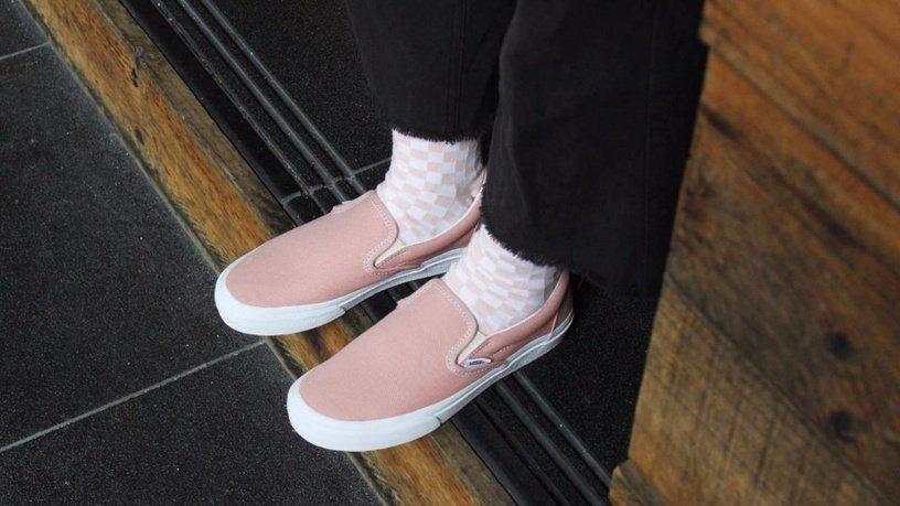 2021春夏必备「樱花粉色球鞋」
