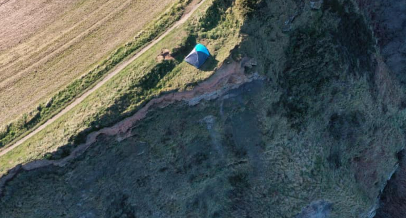 Parents' 'horrendous' clifftop act slammed by police