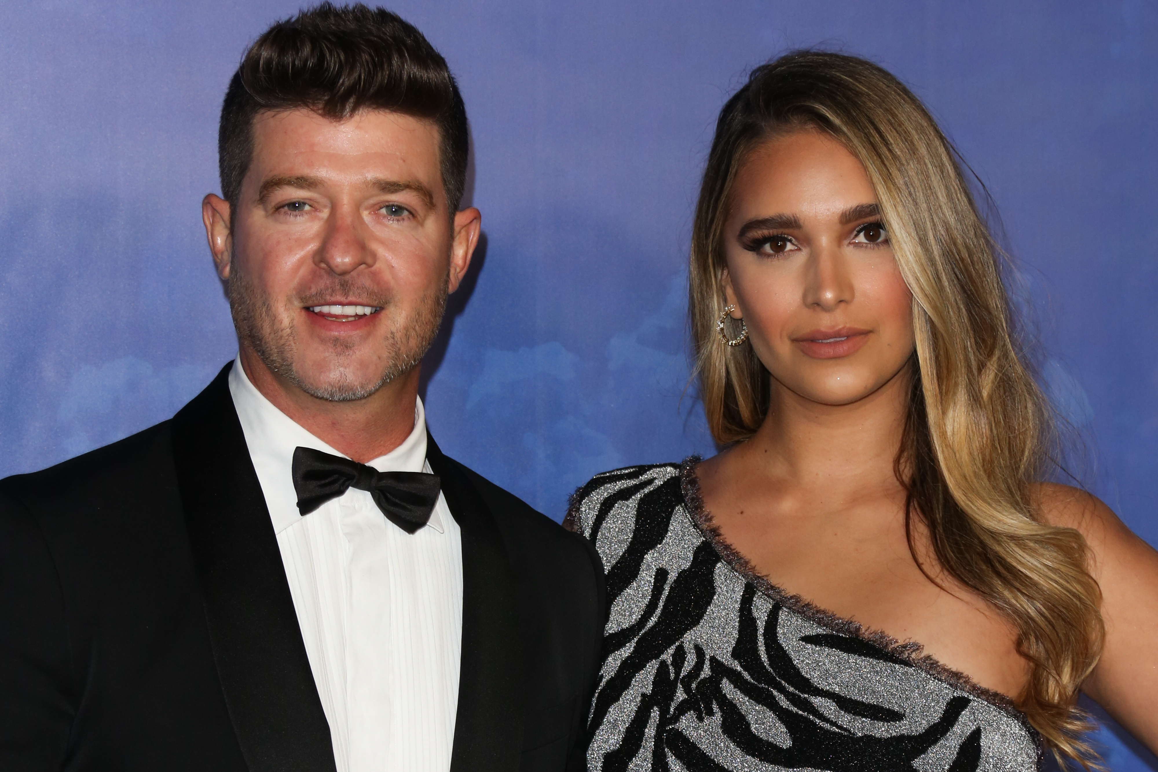 BEVERLY HILLS, CALIFORNIA - FEBRUARY 06: Robin Thicke (L) and April Love Geary (R) attend the 2020 Hollywood For The Global Ocean Gala honoring HSH Prince Albert II Of Monaco at Palazzo di Amore on February 06, 2020 in Beverly Hills, California. (Photo by Paul Archuleta/FilmMagic )