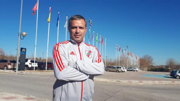 Flamengo pagou aulas de português a executivo do River
