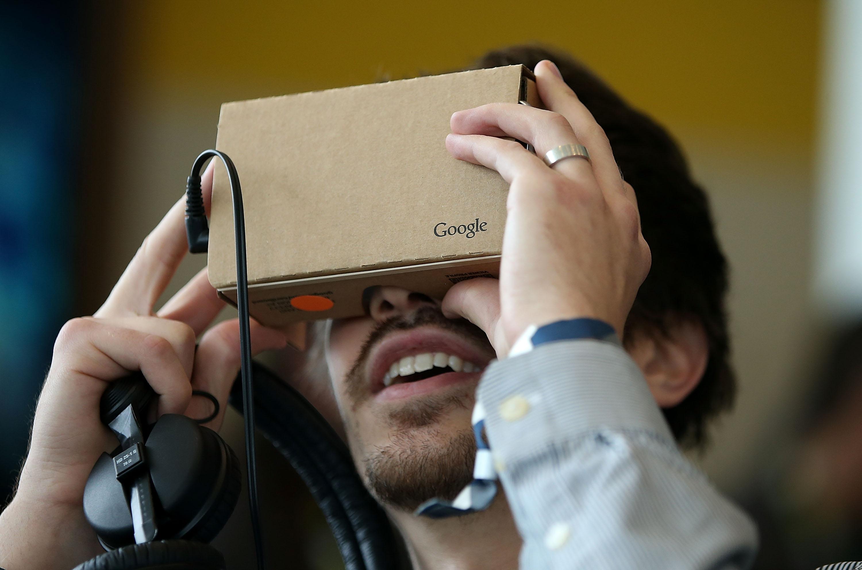 Google Cardboard VR