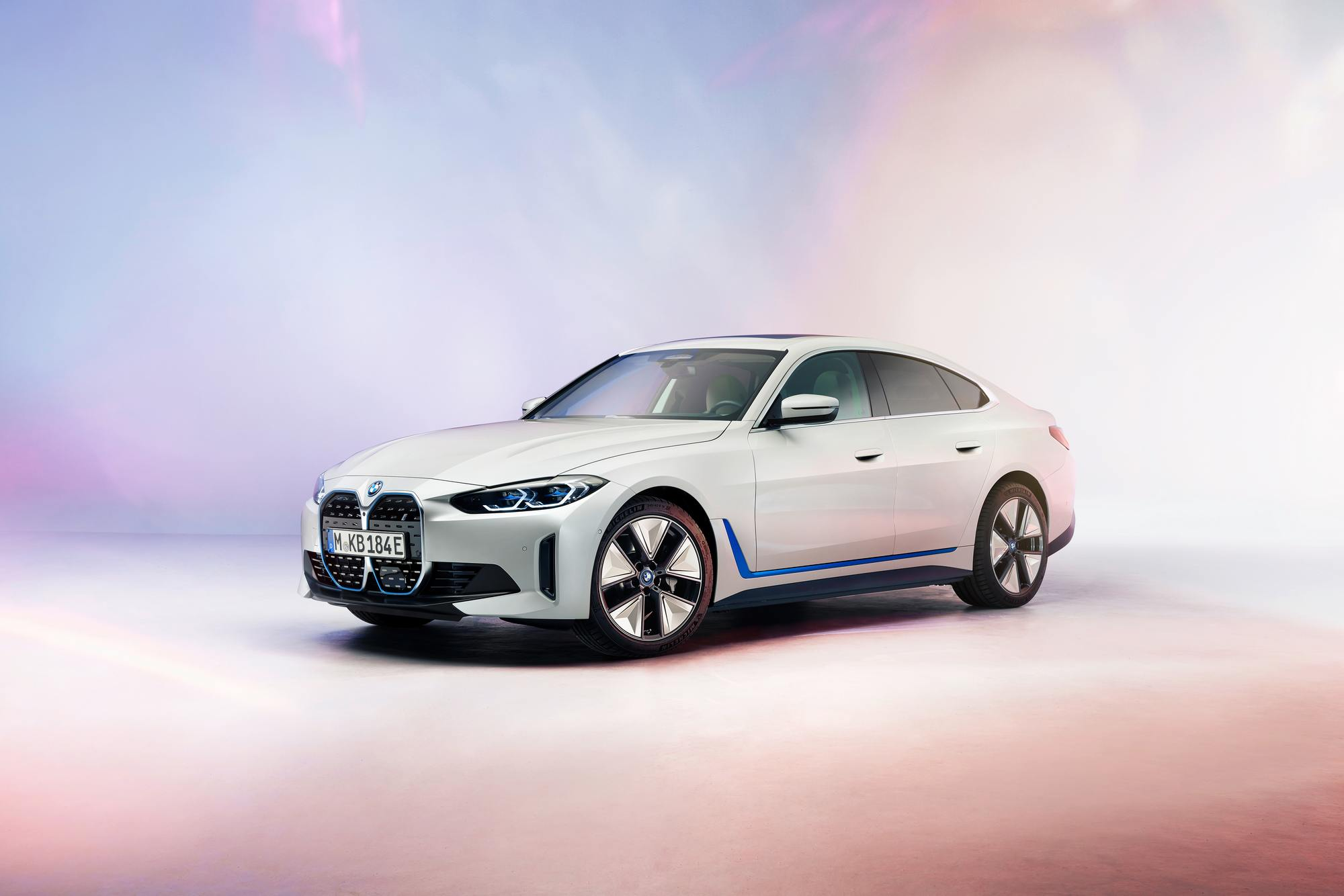 Bmw Offers A First Look At Its Production I4 Electric Sedan Samachar Central