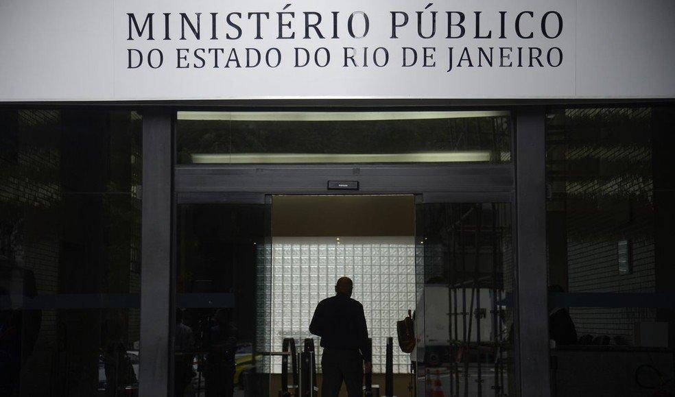 MP do Rio de Janeiro paralisa investigações de mortes causadas por policiais