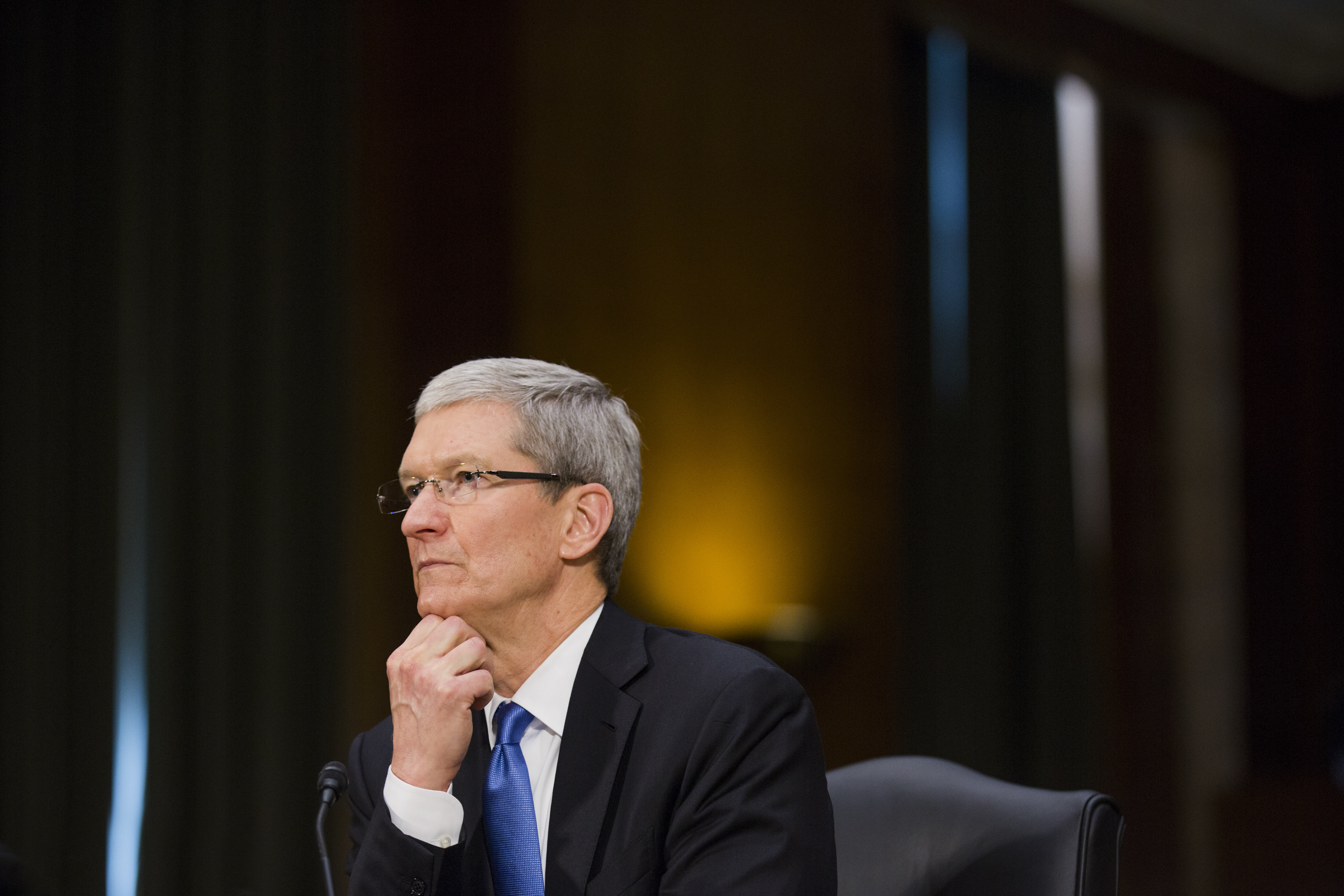 Senators criticize Apple's refusal to testify in hearing on app store rules | Engadget