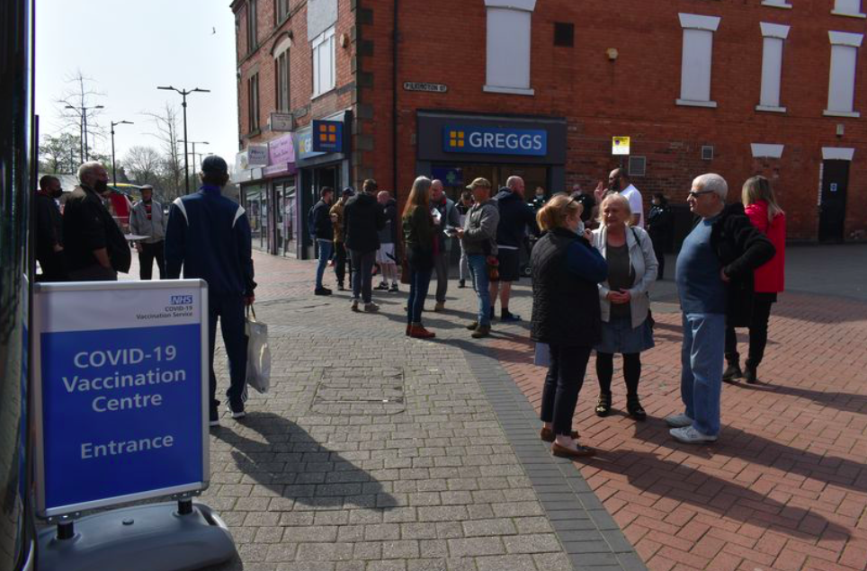 'Intimidating' anti-vaxxers shout at people queuing up for COVID jab at Nottingham market