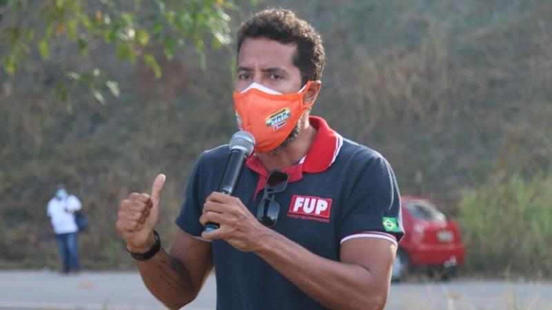 Sindicalista denuncia ilegalidade em privatização e é punido pela Petrobras