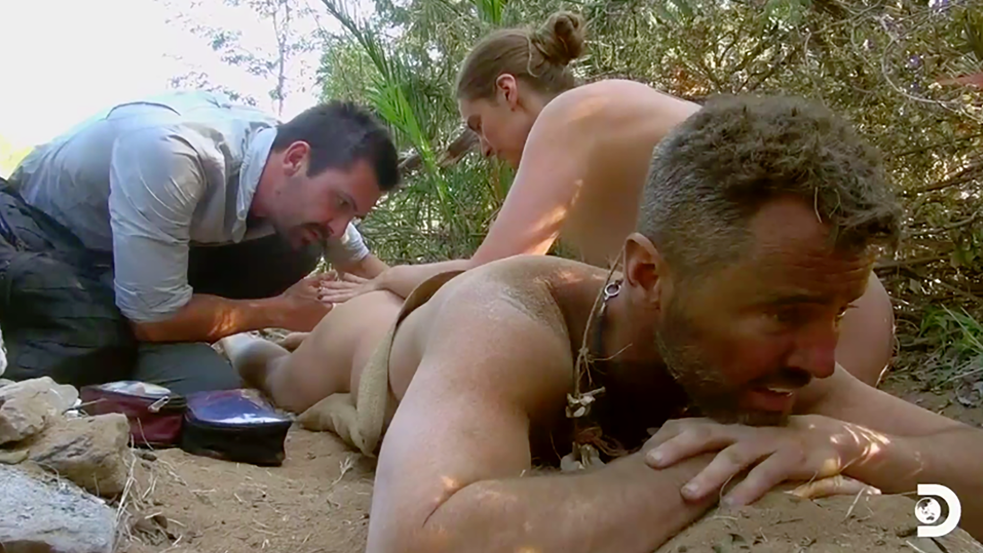 Excruciating butt bite and scorpion sting force 'Naked and Afraid' contestants to tap out