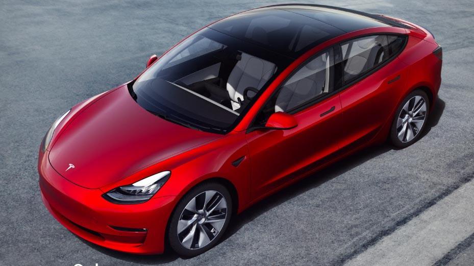 图/在进口豪华车清单中,新的特斯拉Model 3在香港的到来反映在图中。 总共售出752台,从上个月的第三位上升到第二位。