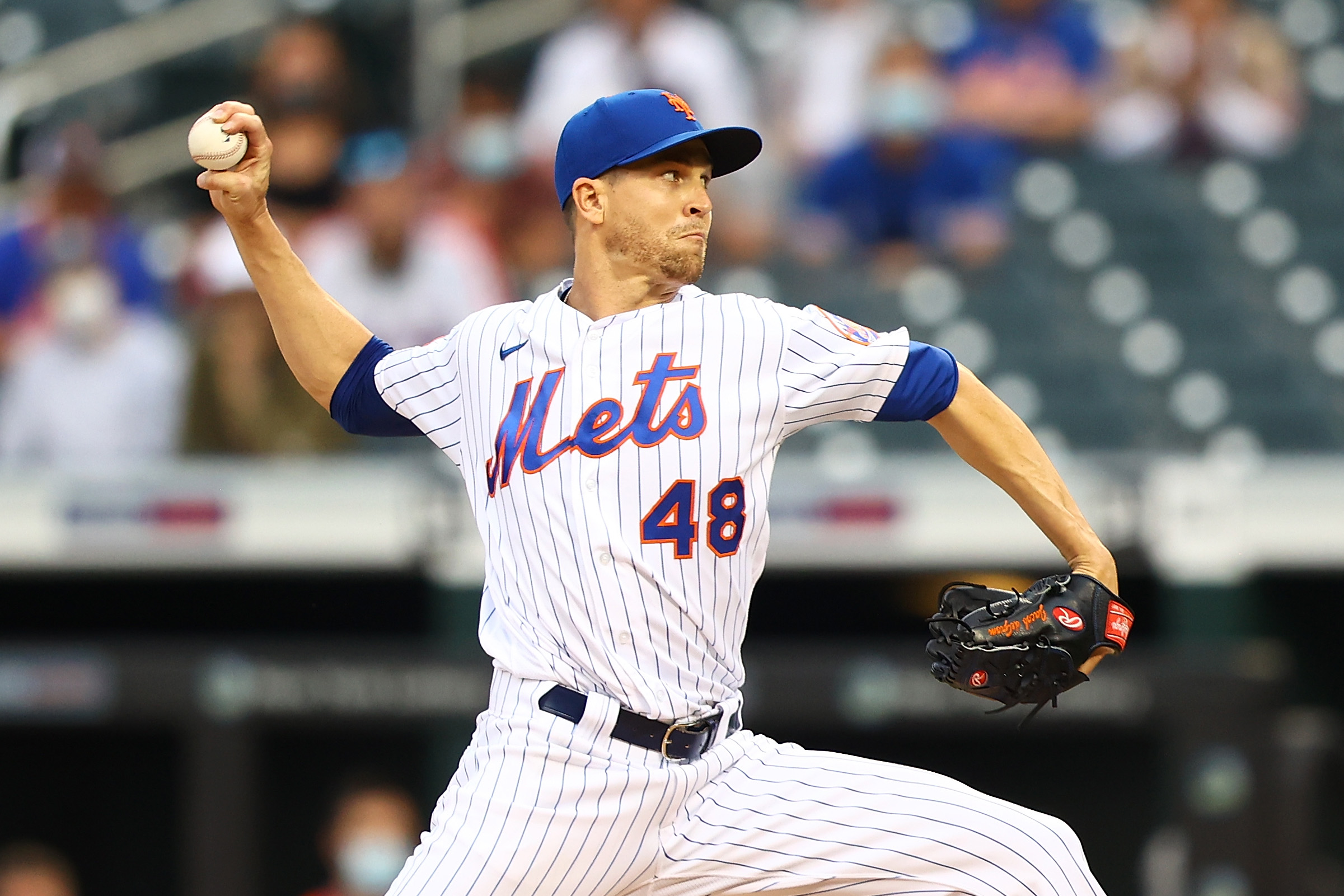 Mets ace Jacob deGrom sidelined with lat inflammation; avoids injured list for now