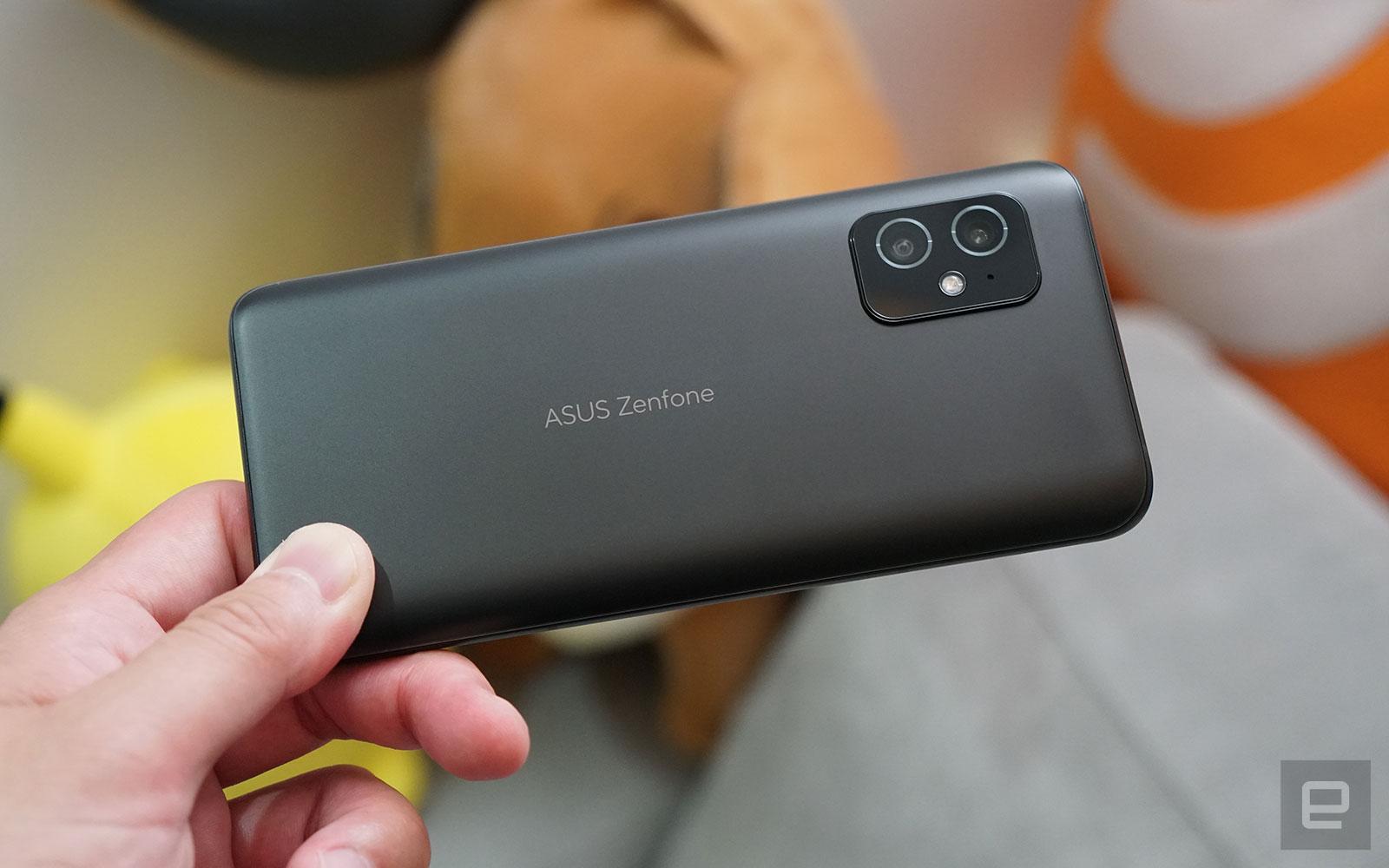<p>ASUS ZenFone 8</p>