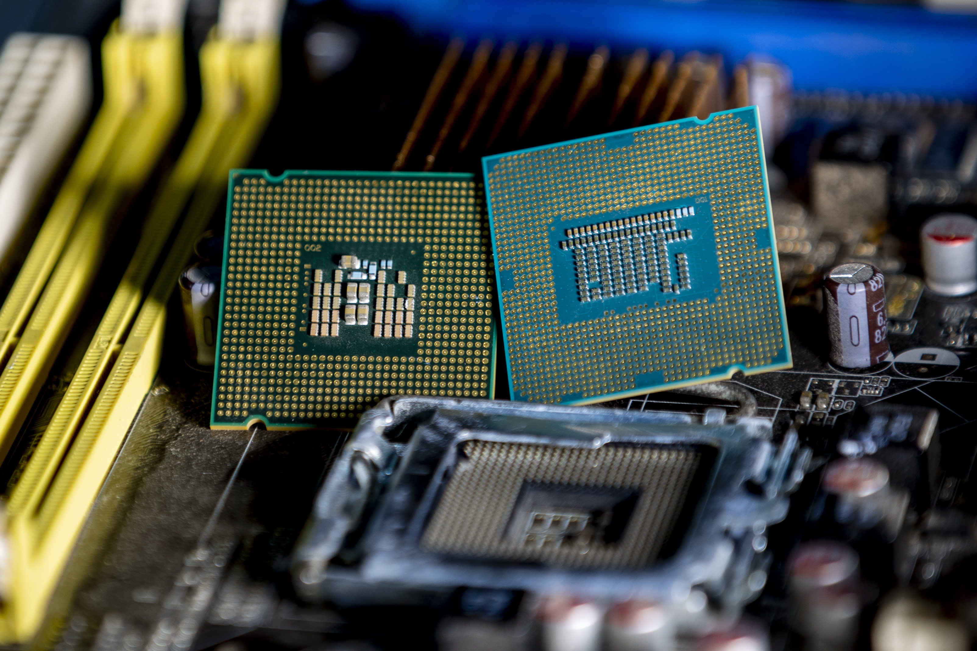 Researchers detail three new Intel and AMD Spectre vulnerabilities – Engadget