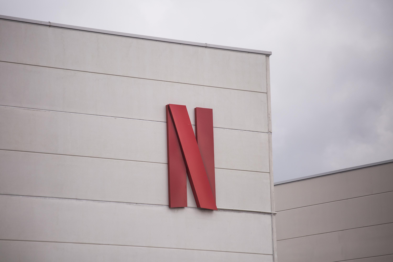 Netflix explores building an online hub around its original content | Engadget