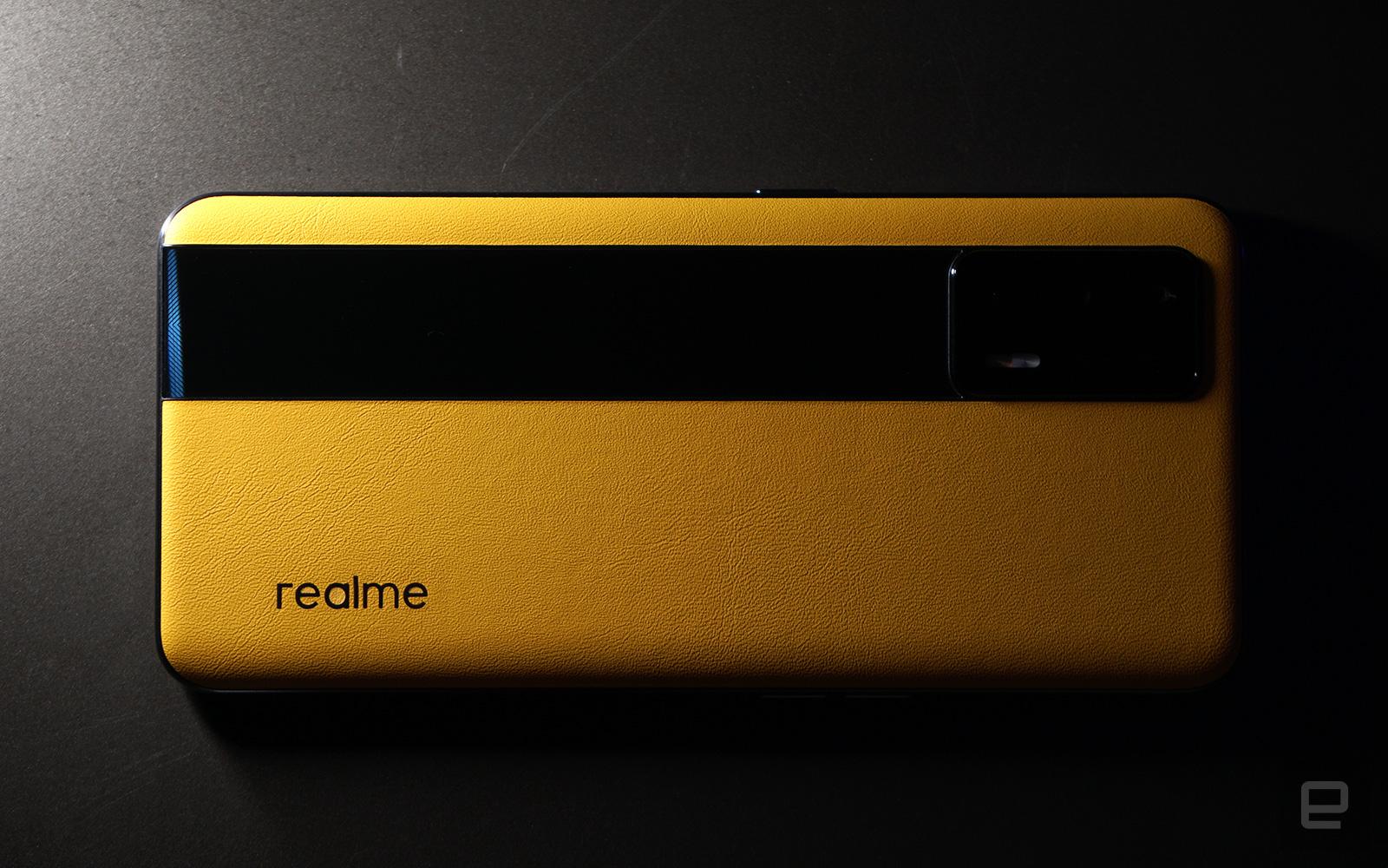 <p>Realme GT</p>