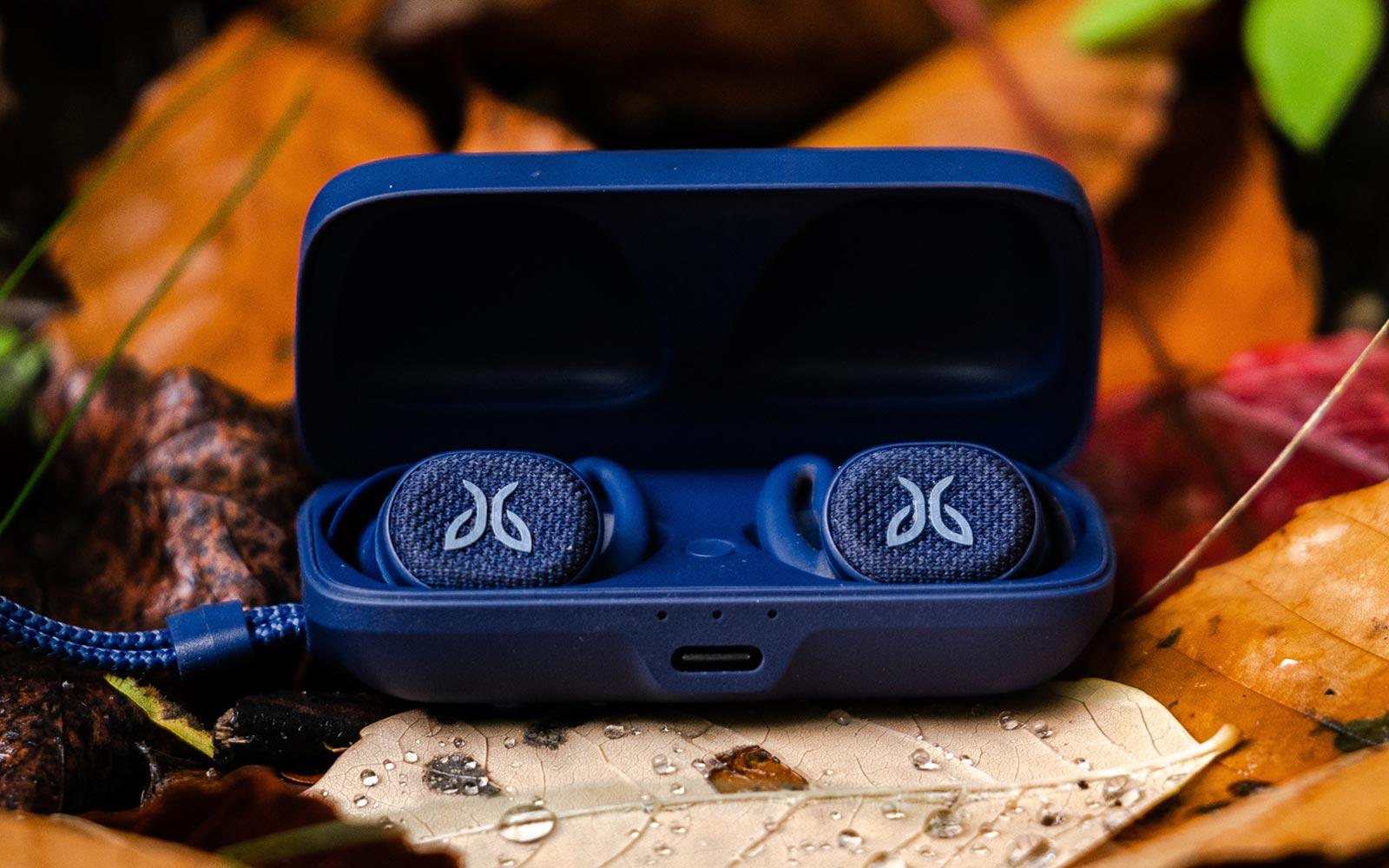 Jaybird's Vista 2 earbuds offer ANC and better battery life for 0 | Engadget