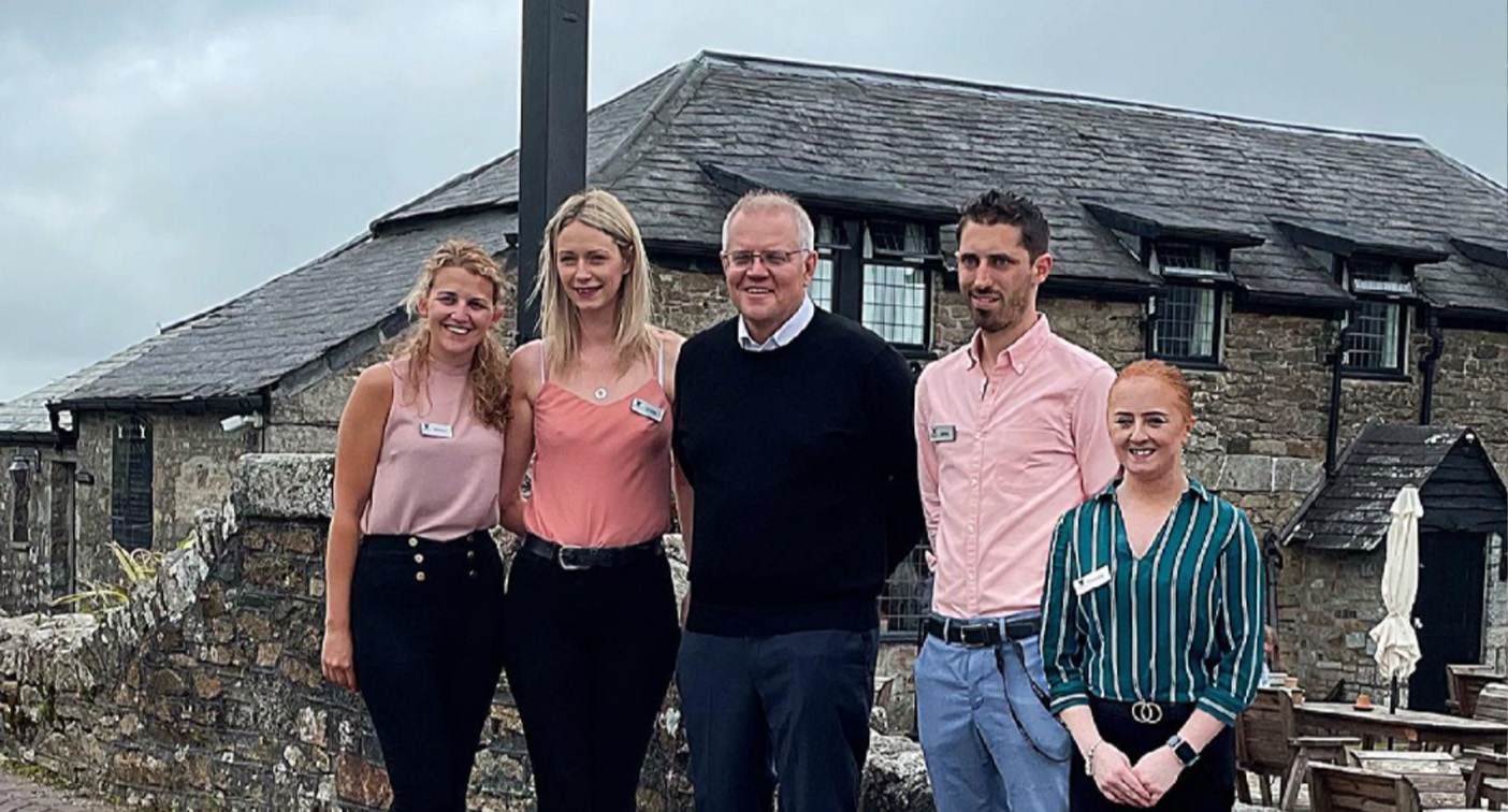 'This is so wrong': PM blasted over 'tone deaf' pub photo