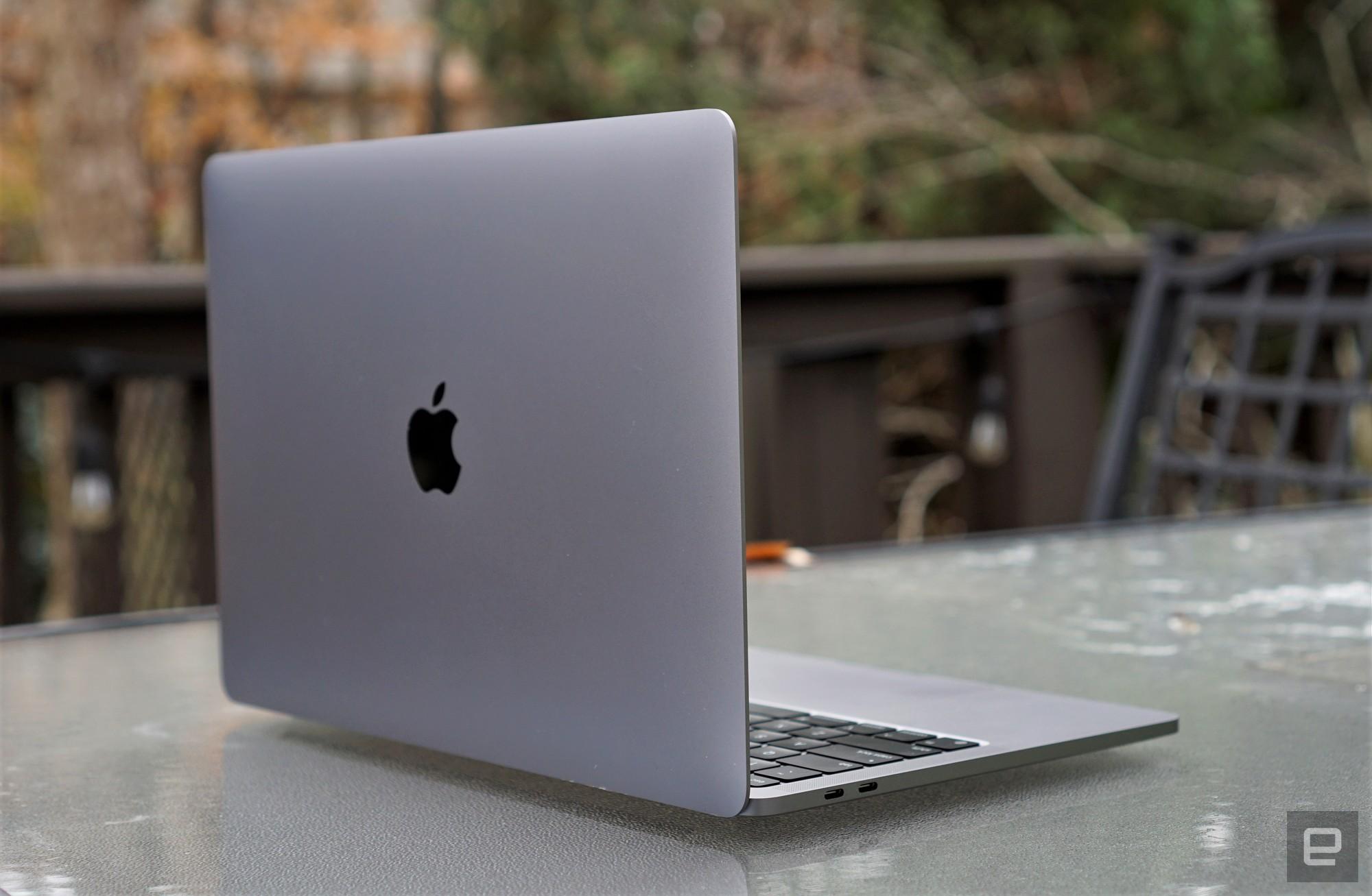 Apple'ın MacBook Pro M1'i şu anda Amazon'da 200 $ indirimde | Engadget