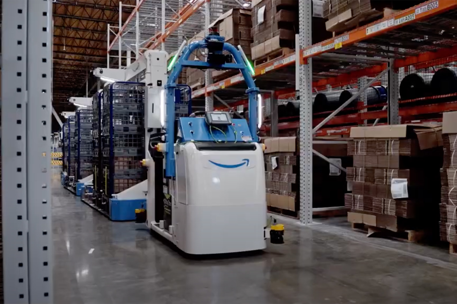 Amazon hopes more robots will improve worker safety   Engadget