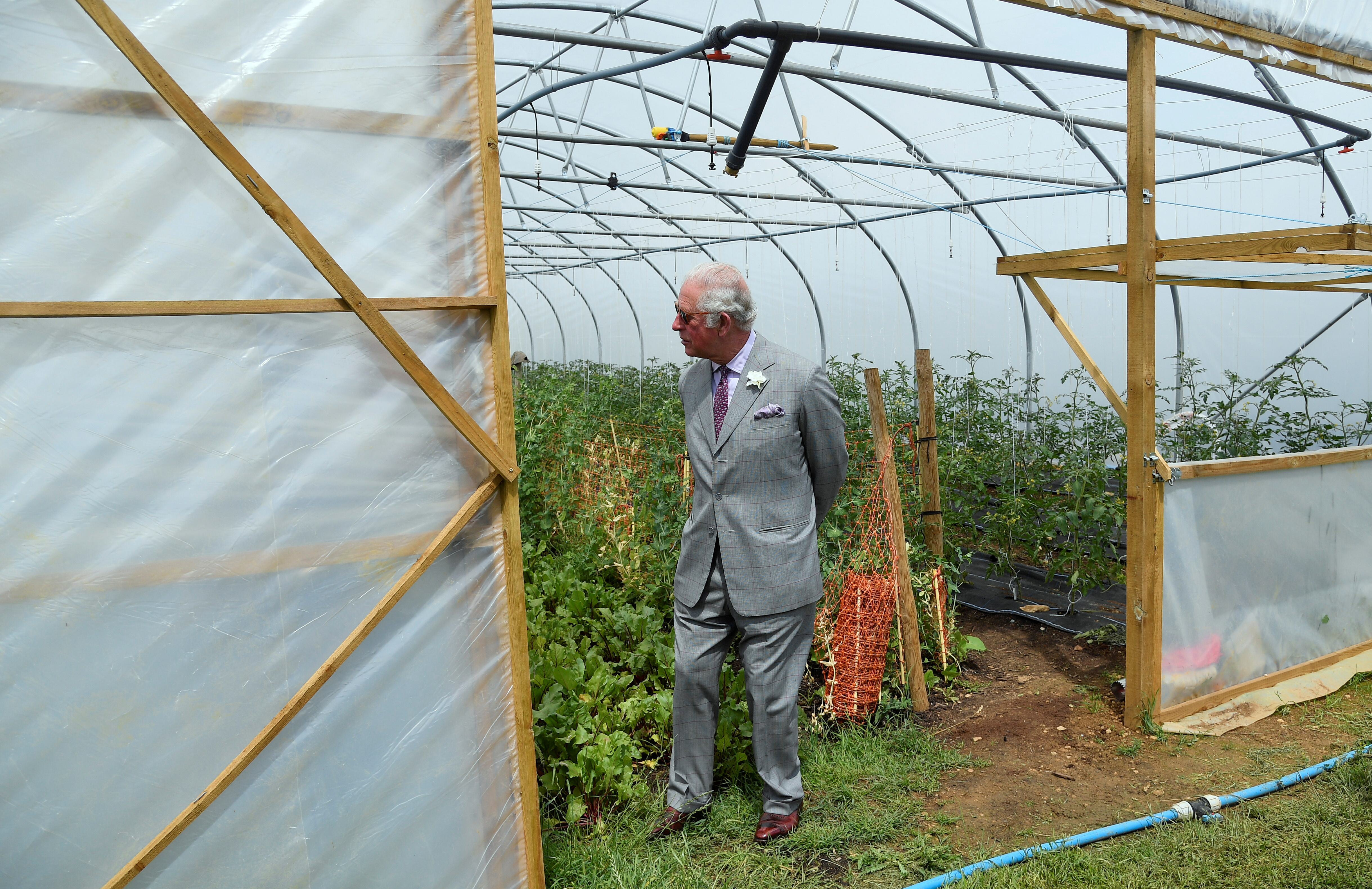 <p>CHIPPING NORTON, ENGLAND - JUNE 22: Prince Charles, Prince of Wales during a tour of FarmED on June 22, 2021 in Chipping Norton, England. FarmED provides learning spaces and events that inspire, educate, and connect people to build sustainable farming and food systems. (Photo by Toby Melville - WPA Pool/Getty Images)</p>