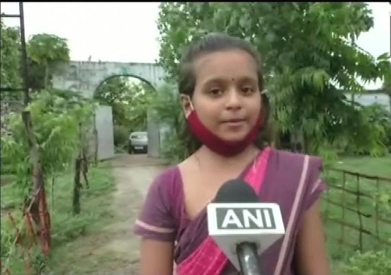 How This 11-Year-Old Skating Girl From UP's Sitapur Is Spreading Awareness About COVID-19