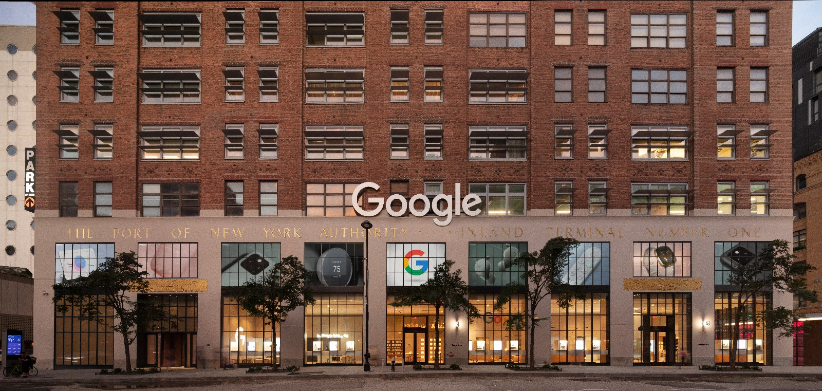 <p>Google Store Chelsea. Exterior facade wide shot showing entire block, straight on.</p>