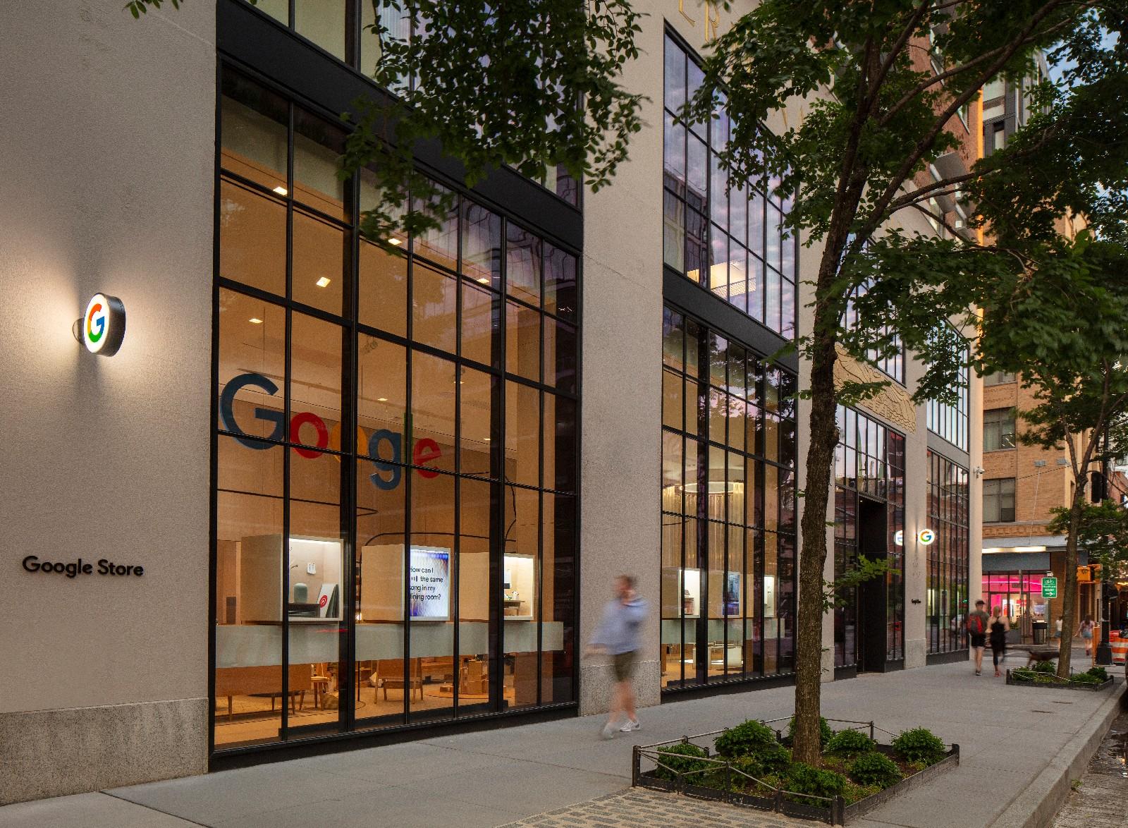 <p>Google Store Chelsea. Exterior facade.</p>