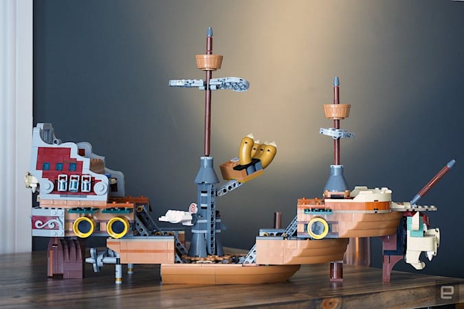 Lego Luigi set
