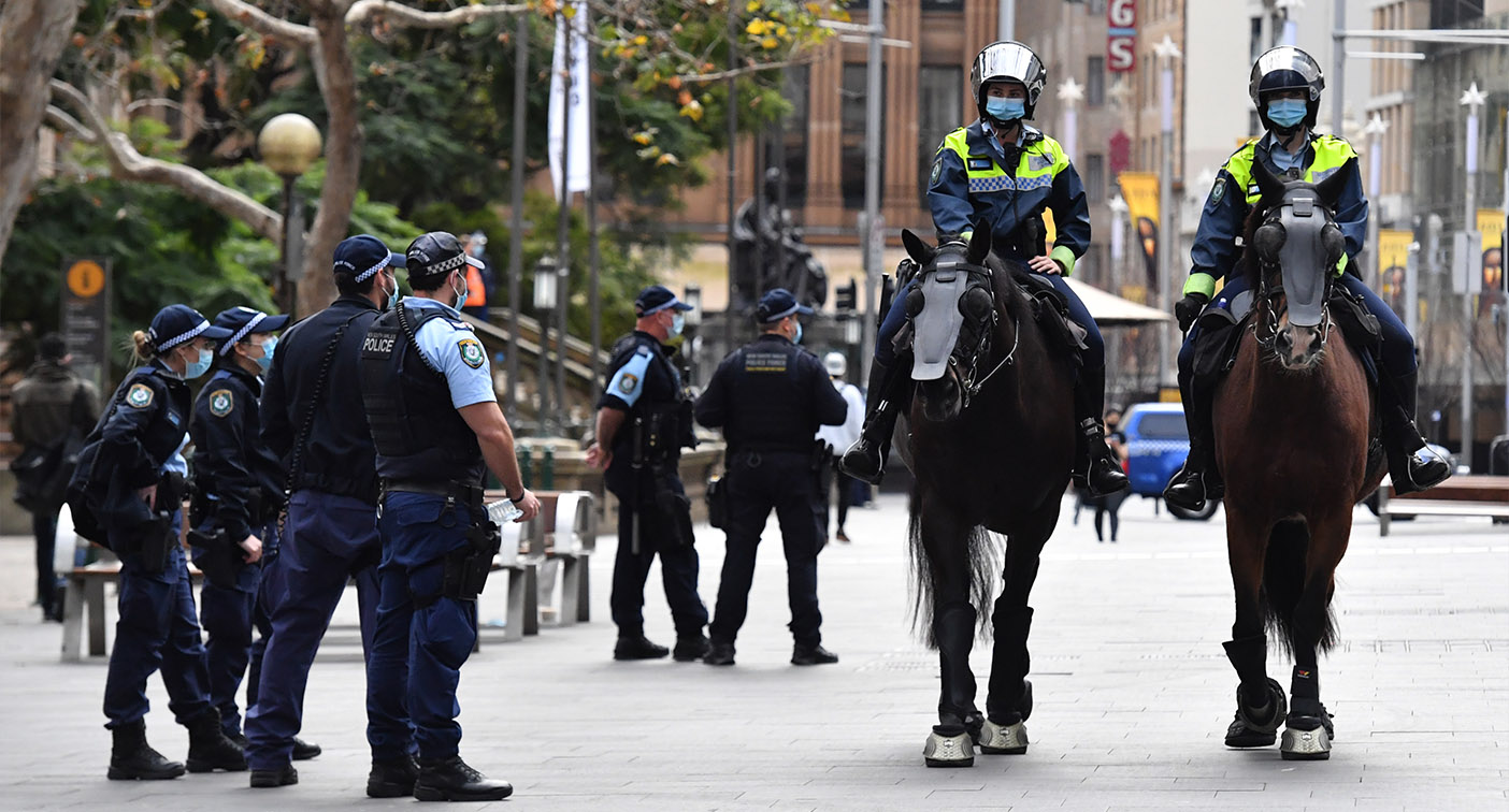 Eight people arrested as second anti-lockdown protest fails
