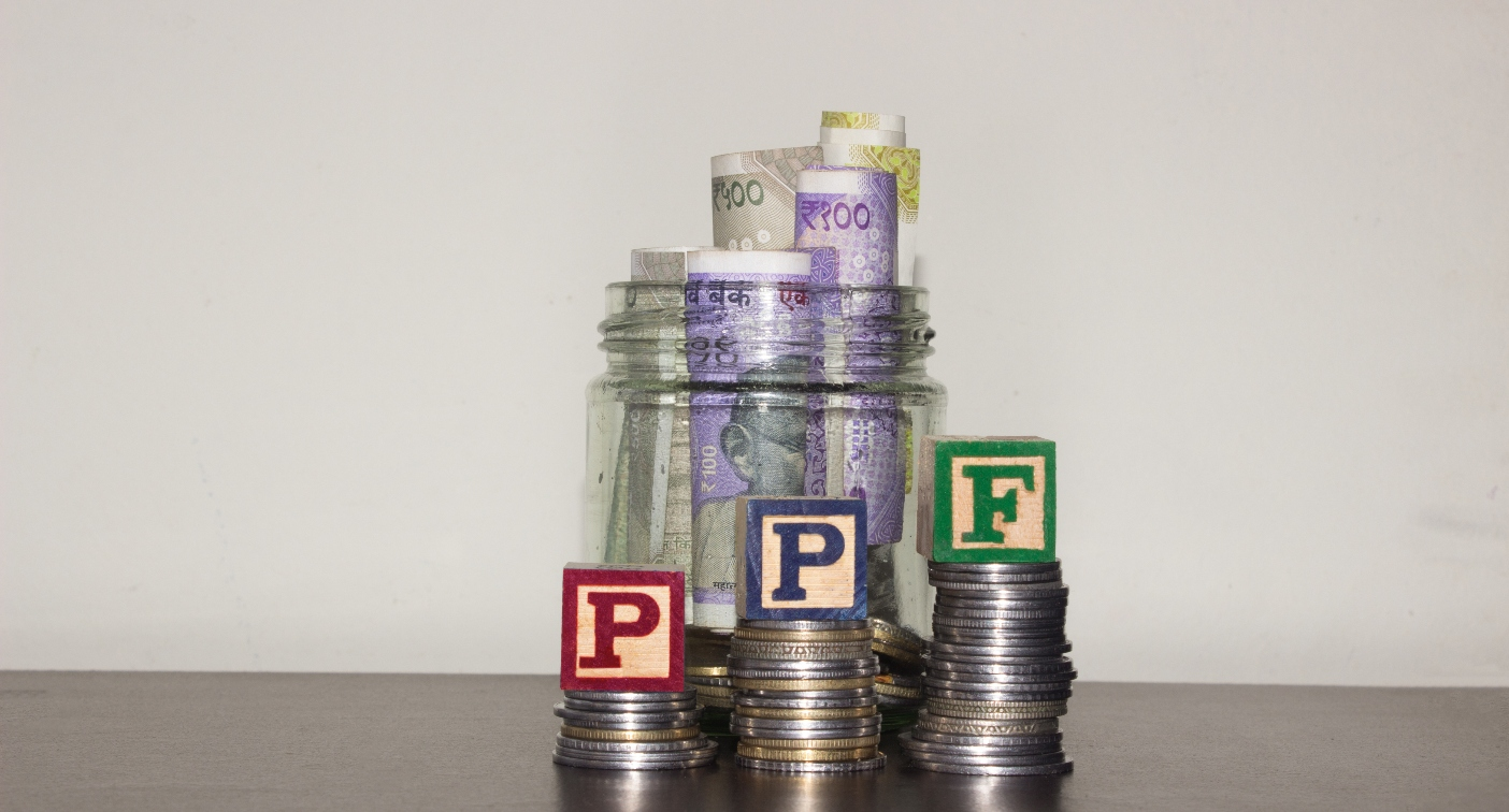 Rs 1.5 lakh a year invested in PPF for 30 years will make you a crorepati