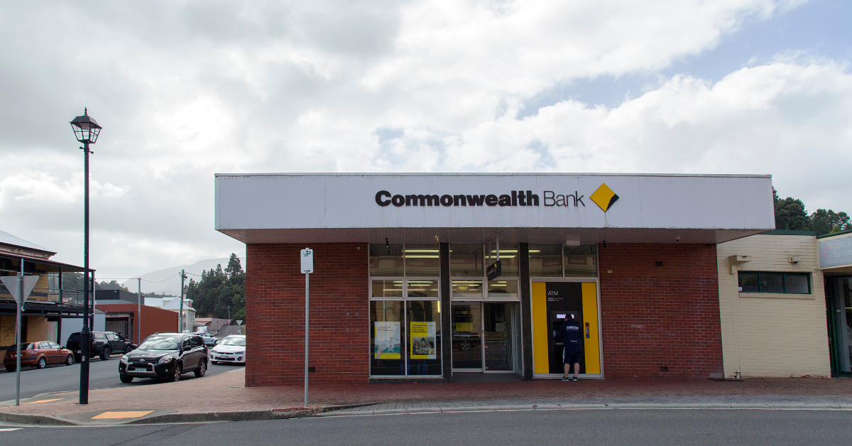 Commonwealth Bank to partially close 90 regional branches