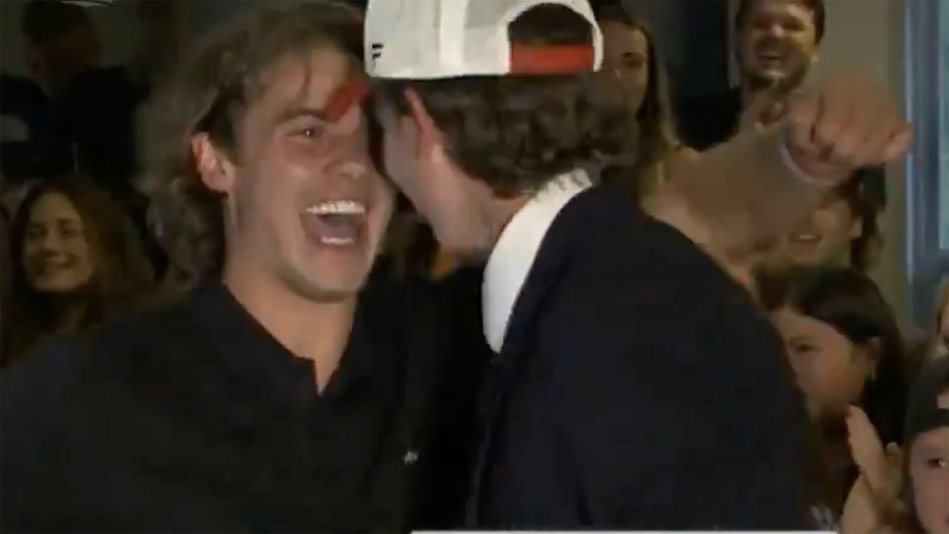 Jack Hughes goes absolutely wild when Devils draft brother Luke