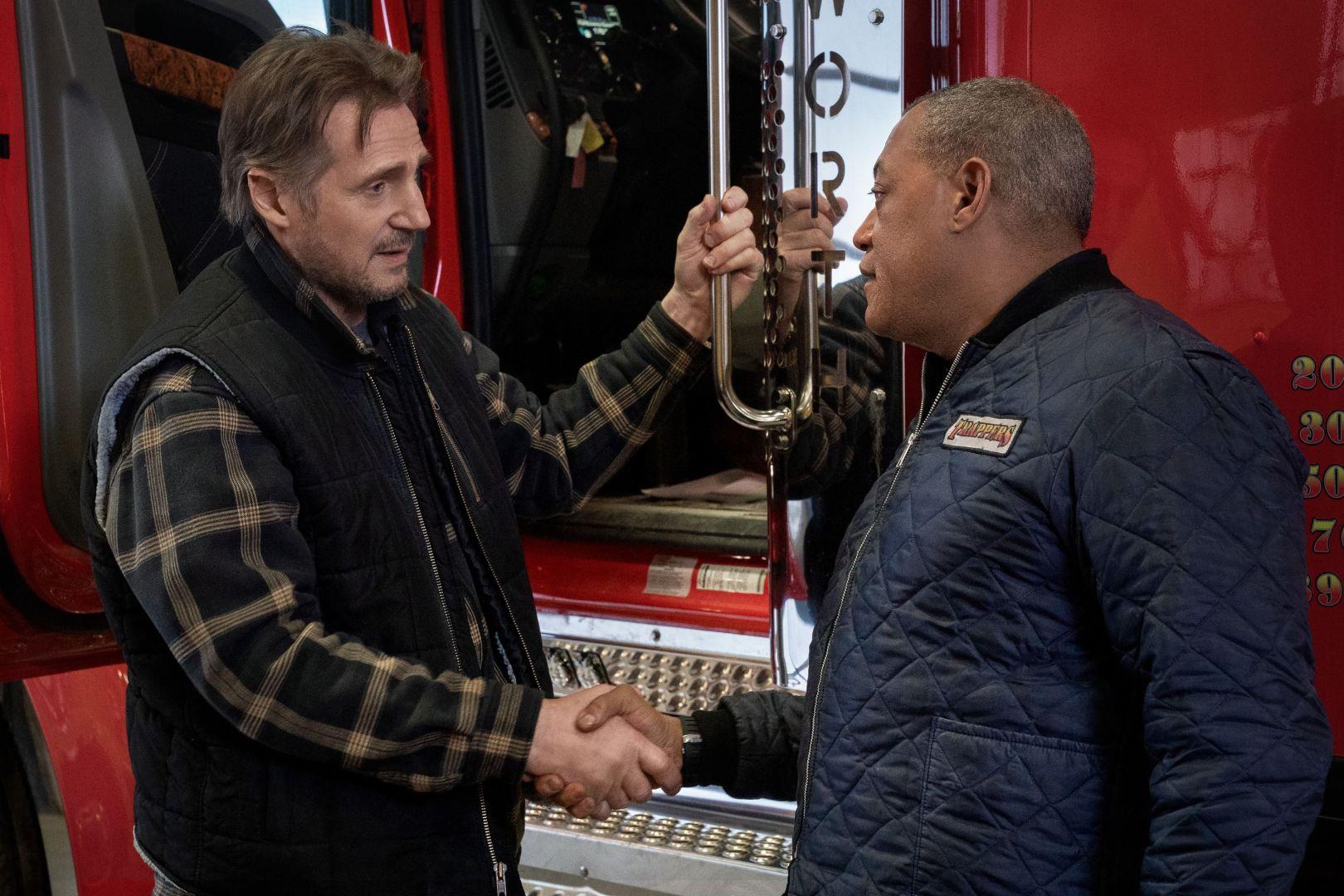 「地表最强老爸」连恩尼逊与最强绿叶演员劳伦斯费许朋联手组成紧急救难队