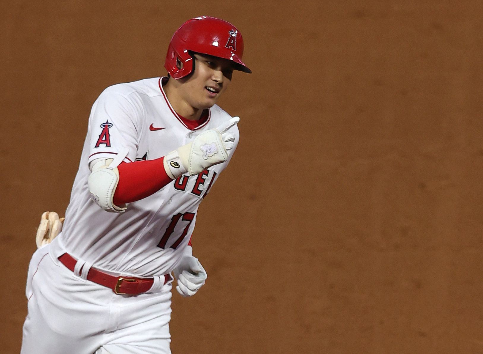 Shohei Ohtani is 1st player in MLB history named All-Star as hitter and pitcher
