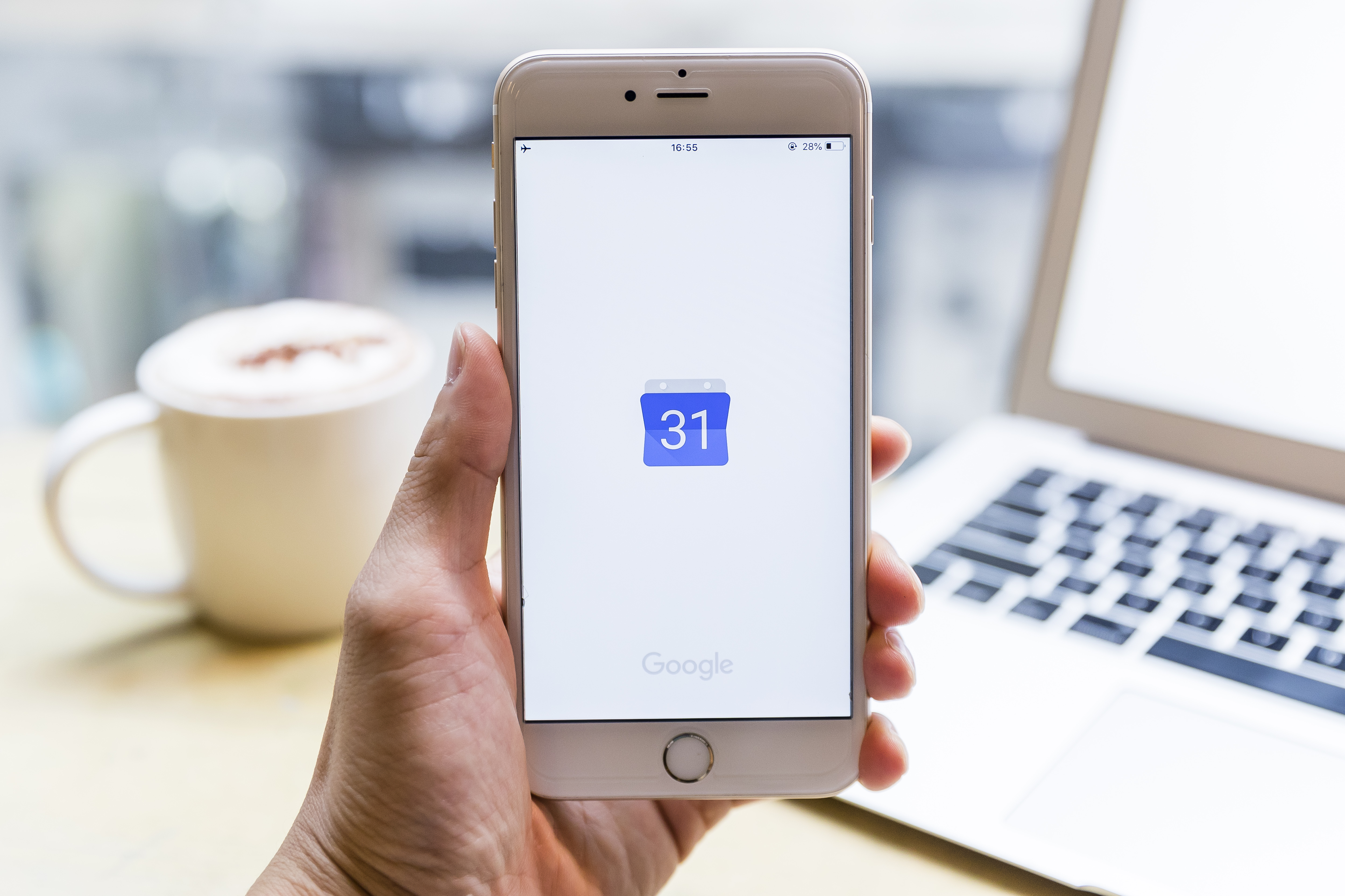 Google Calendar invites now let you choose to attend events virtually
