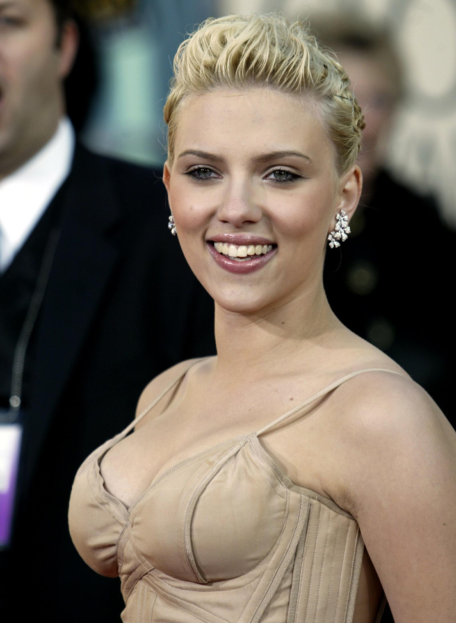 Actress Scarlet Johansson (图片来源:路透)