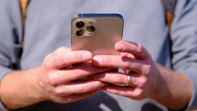 satellite iPhone