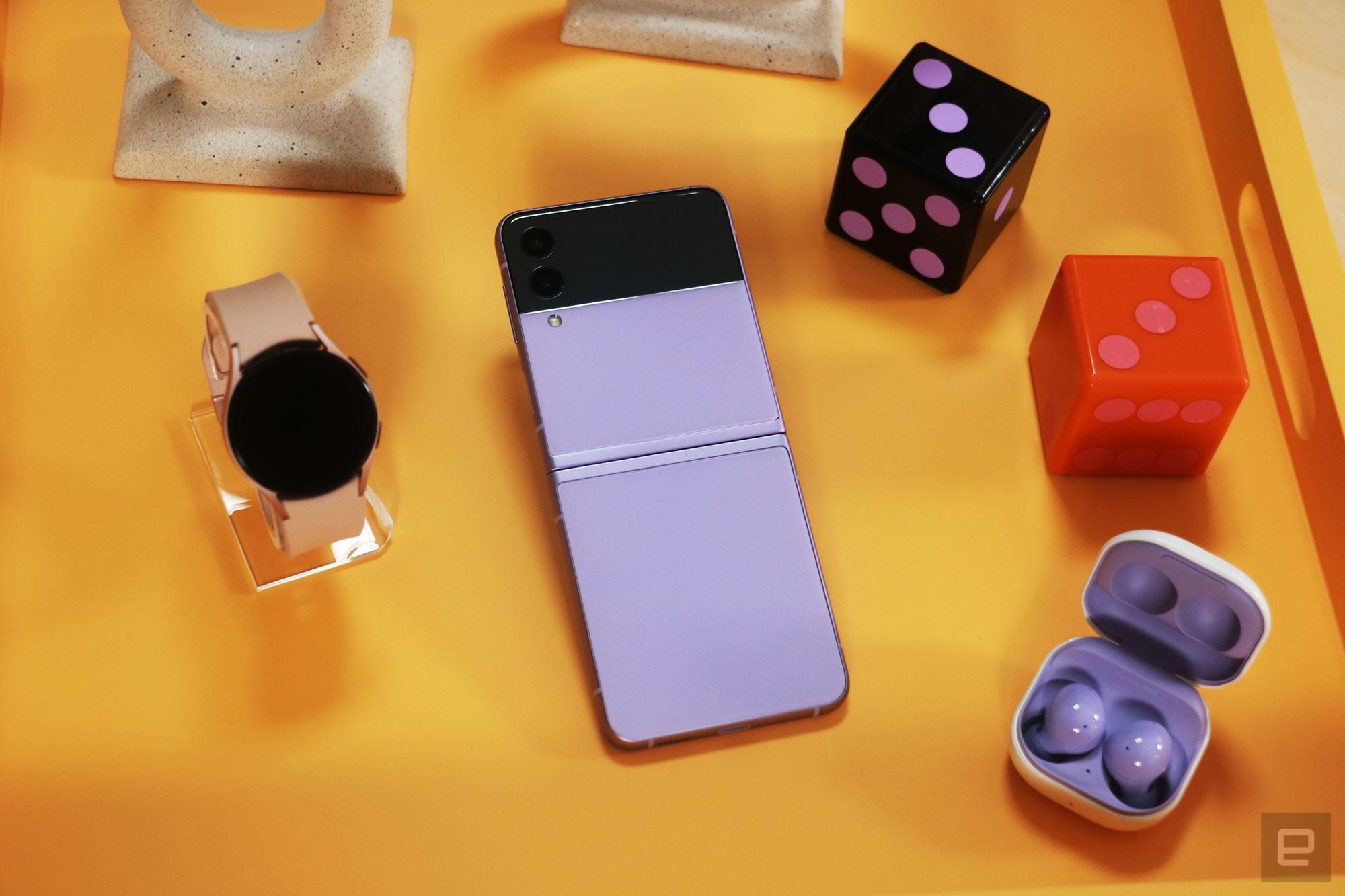 Galaxy Z Flip 3 hands-on: A straightforward upgrade for a nice price cut