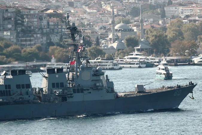 USS Roosevelt. Reuters / Murad Sezer
