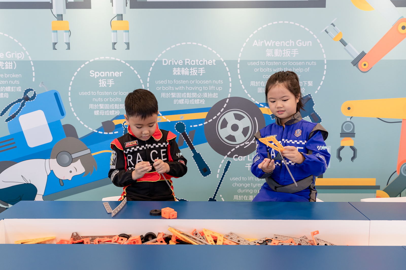 Mercedes-Benz 呈獻 The Junior Racing Academy 親子賽車體驗館