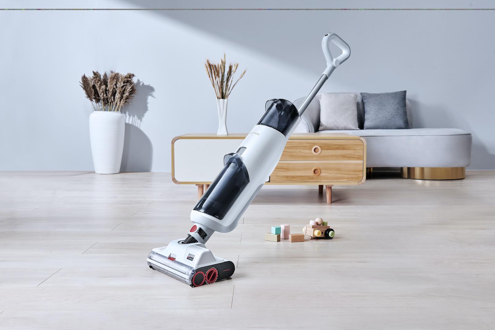 Roborock U10 Mopping Vacuum