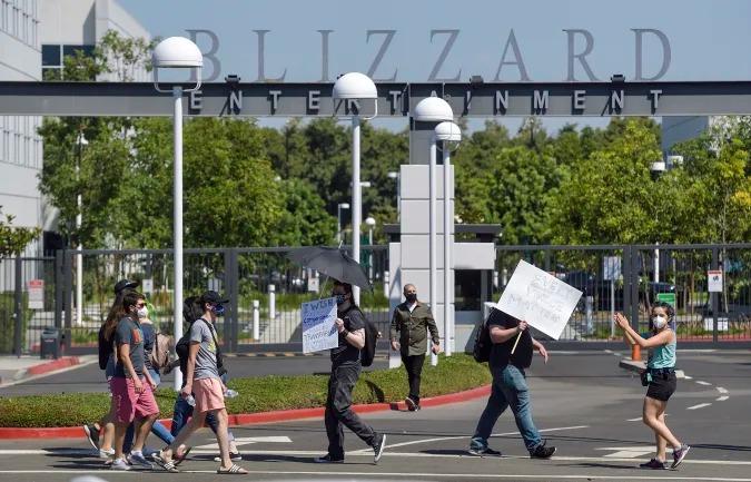 Jeff Gritchen/MediaNews Group/Orange County Register via Getty Images