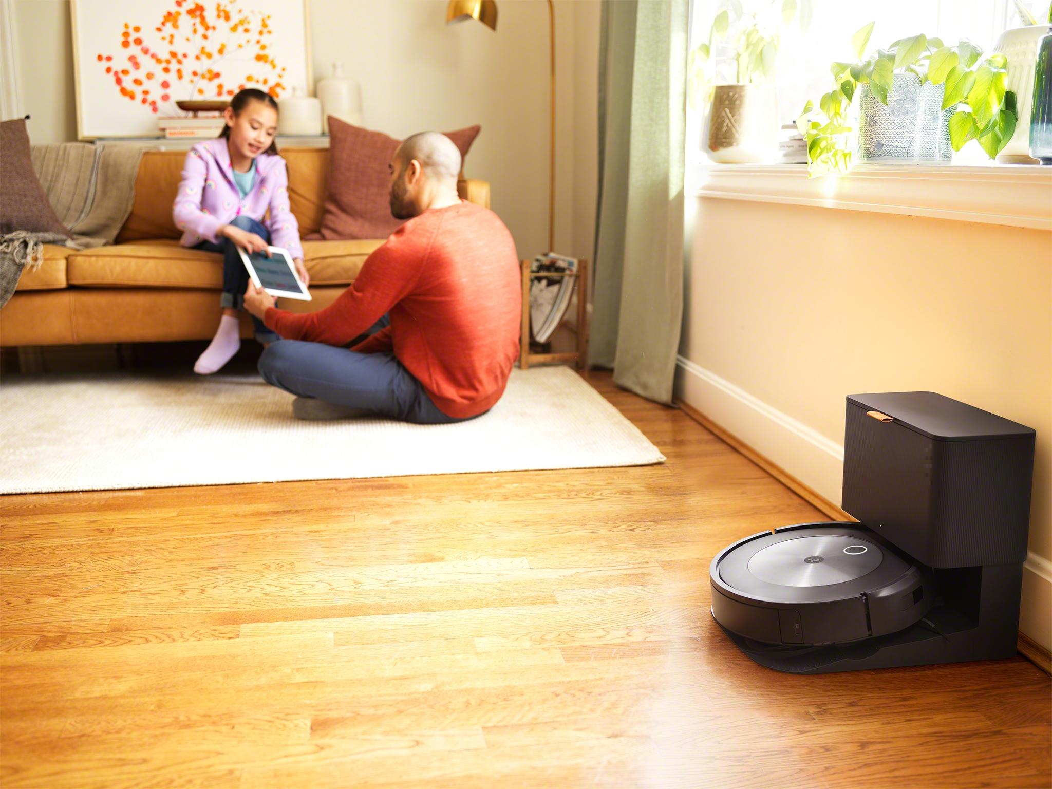 <p>iRobot Roomba j7+</p>