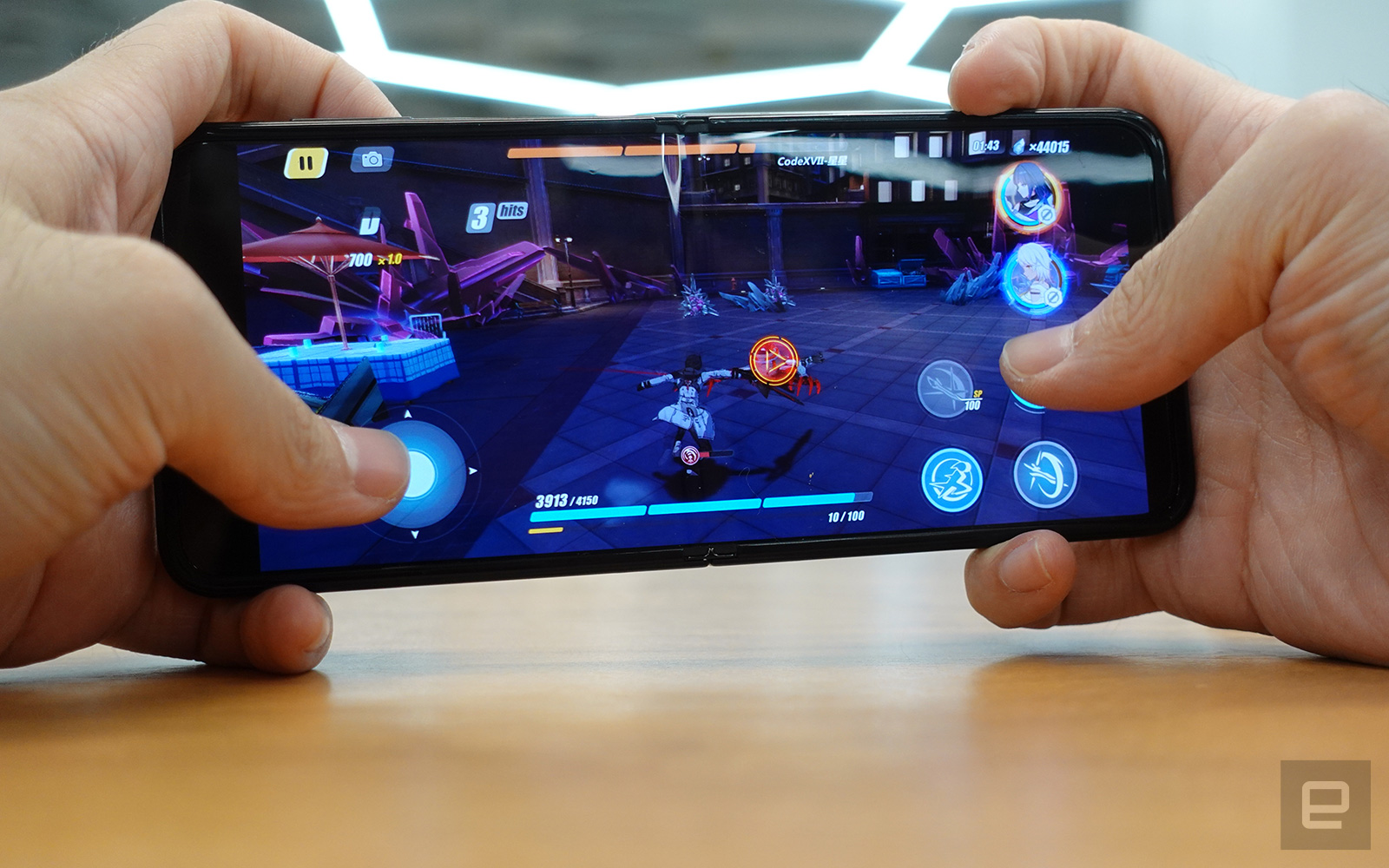 Samsung Galaxy Z Flip 3 評測