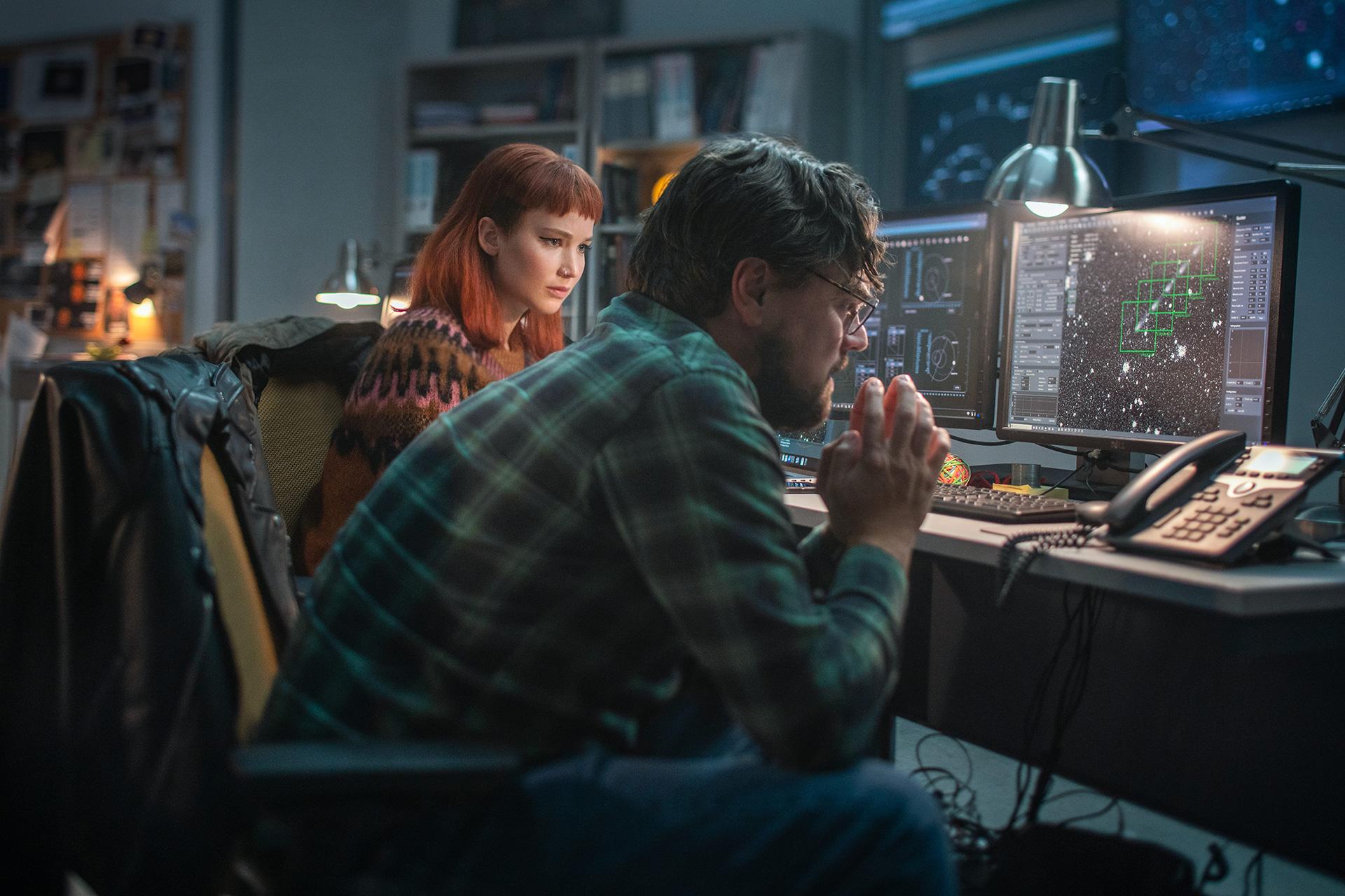 Netflix'in 'Don't Look Up' programında yıldızlarla dolu bir kadronun bir kuyruklu yıldız felaketinden kaçınmaya çalışmasını izleyin | Engadget