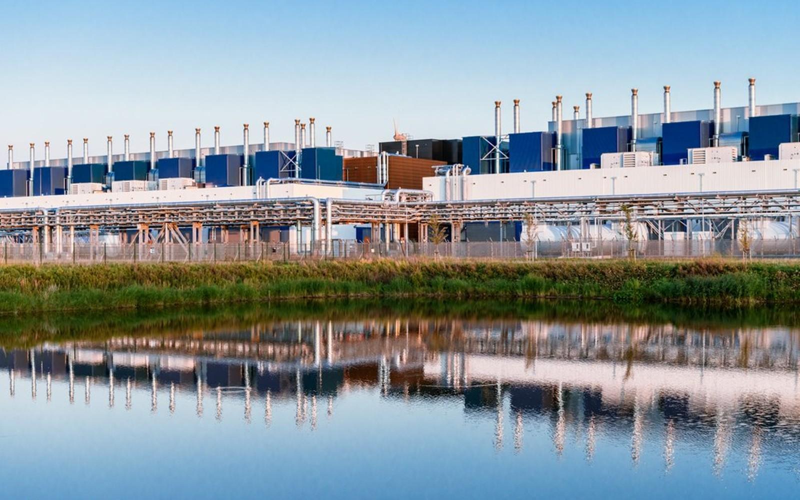 Google, 2030 yılına kadar tükettiği suyun yüzde 120'sini yenileyeceğini söylüyor | Engadget