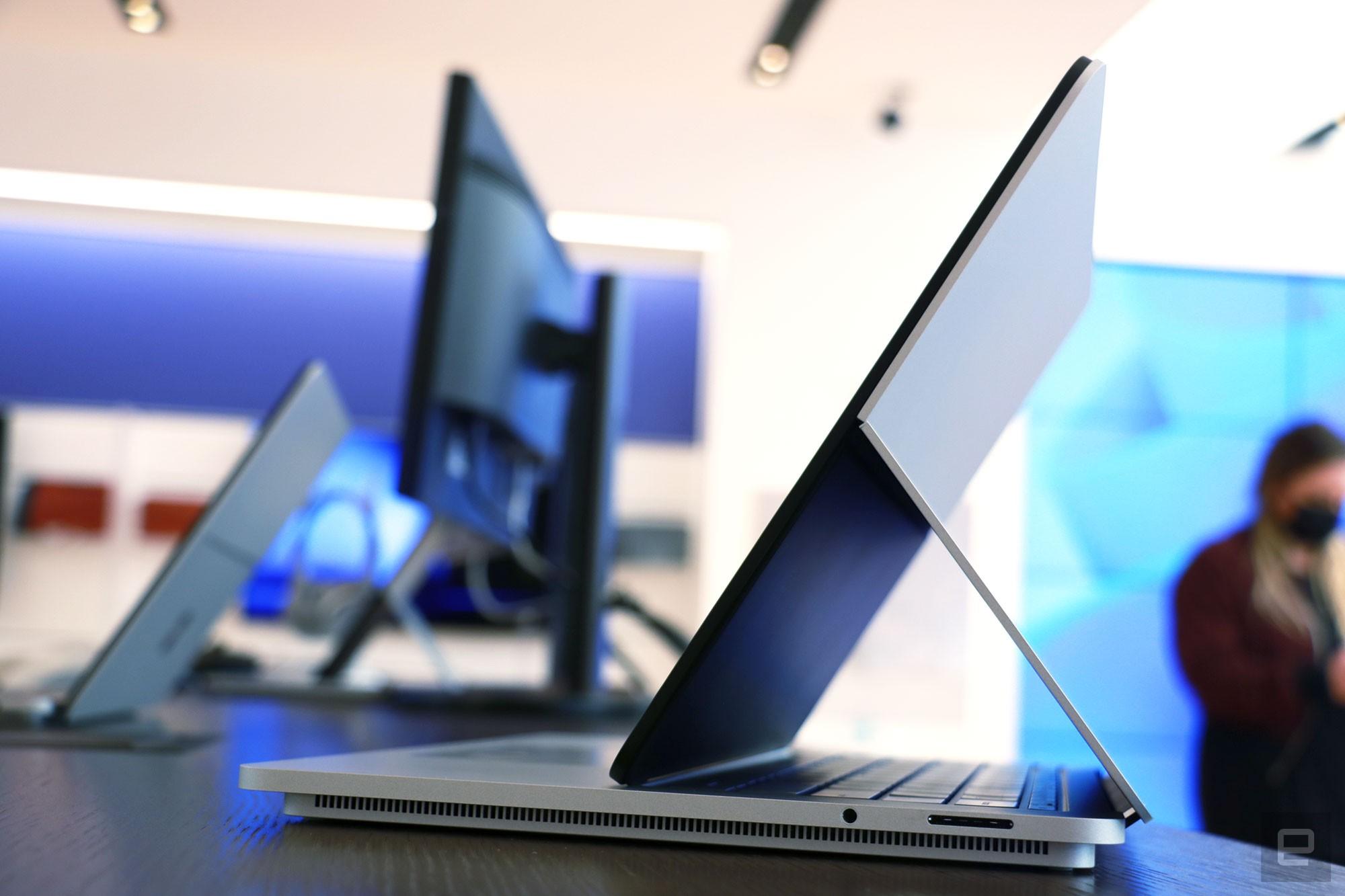 <p>Surface Laptop Studio hands on</p>