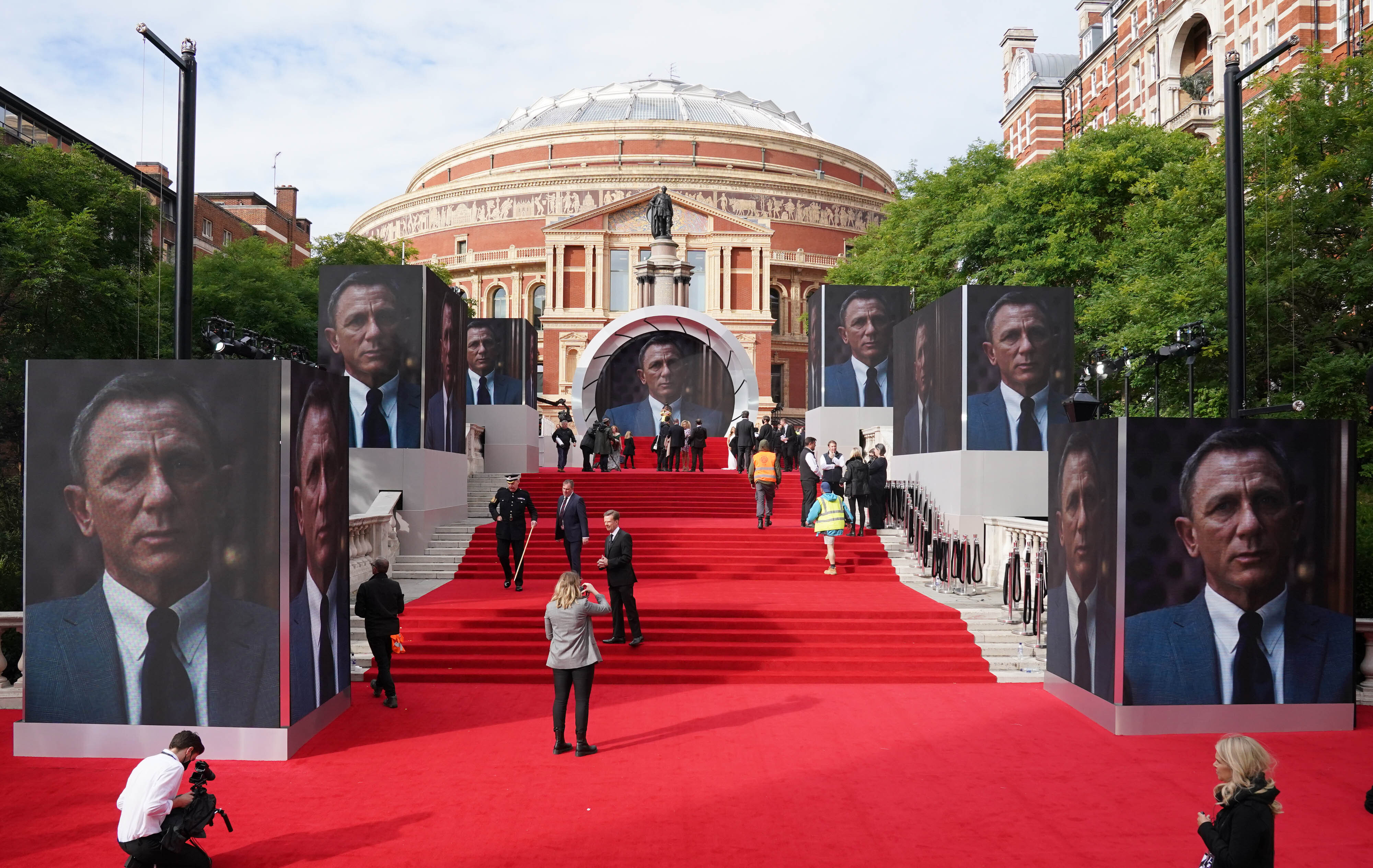<p>People on the red carpet before the World Premiere of No Time To Die, held at the Royal Albert Hall in London. Picture date: Tuesday September 28, 2021.</p>