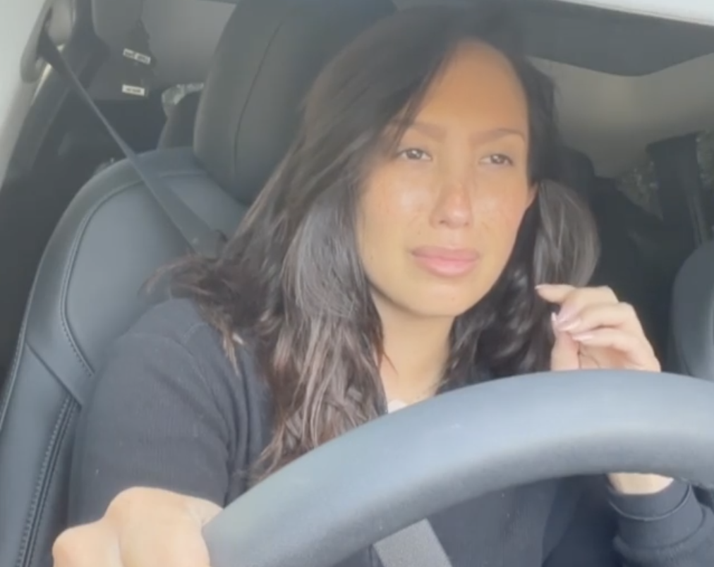 Cheryl Burke tests positive for COVID-19, steps back from 'DWTS' amid 10-day quarantine - Yahoo News