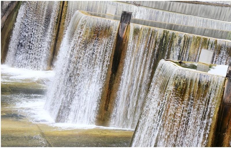 苗栗|鯉魚潭水庫鋸齒堰