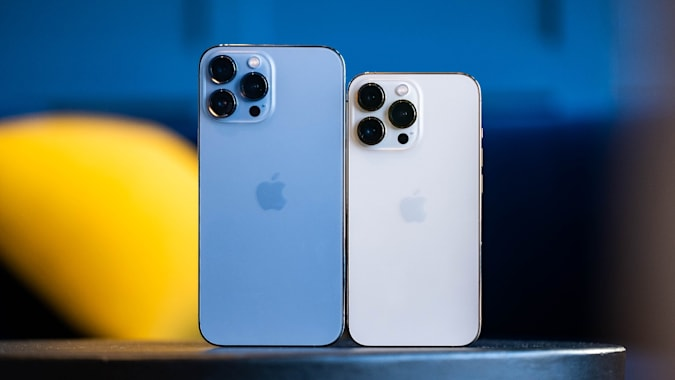 Apple iPhone 13 Pro and 13 Pro Max